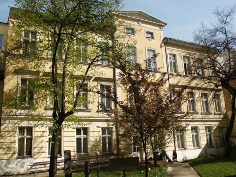Facultad de Ciencias Exactas y Naturales 68