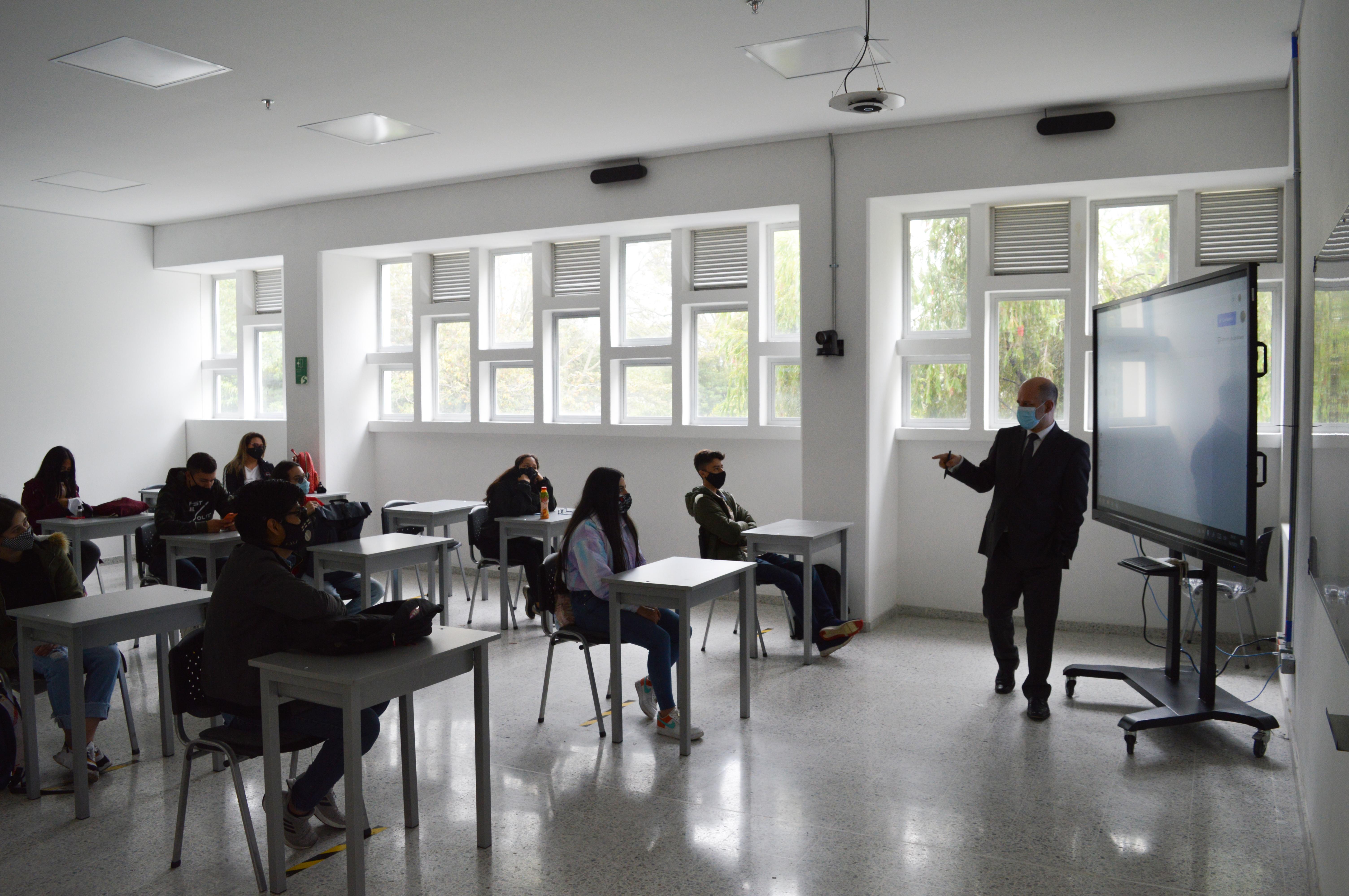 SALESIANA suspende temporalmente la alternancia educativa