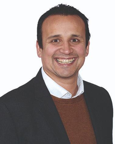Profesor 7_Oscar Motta